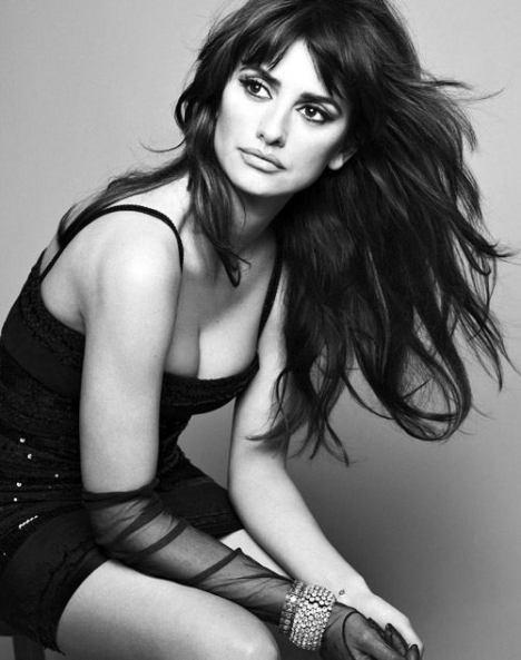 FP_1818039_Spanish_Actress_Penelope_Cruz_Models_For_Mango_0_0_0x0_500x634