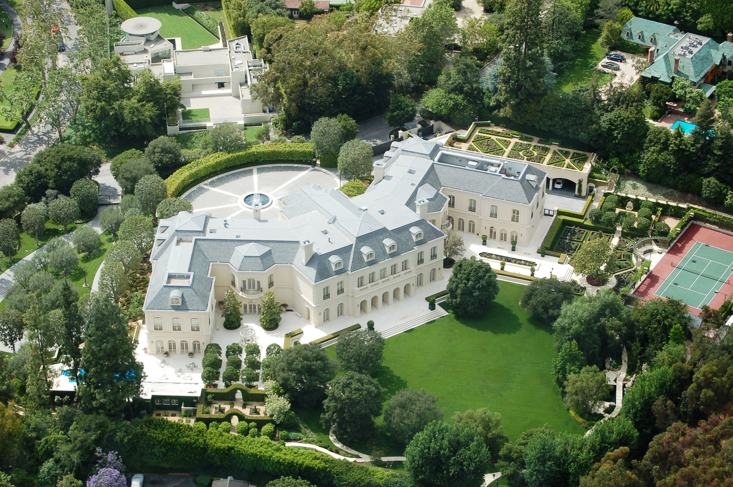 Most expensive homes in the world notes from the bartender for Most expensive homes for sale in california