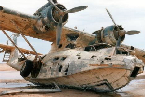 Aviones abandonados y accidentados